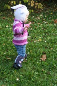 Kleinkind mit Füßlingen von STonzwear