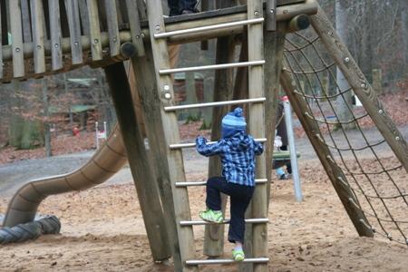 Klettergerüst Für Kleinkinder : Projekt kinder garten u2022 mama papa und sieben kinder: ein elternblog