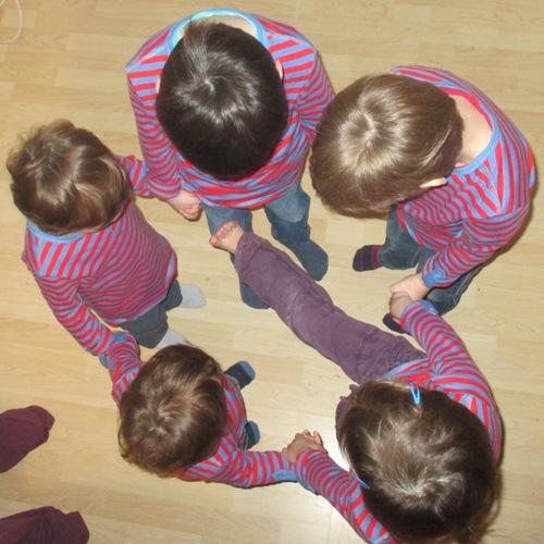 Fünf Kinder und eines fehlt
